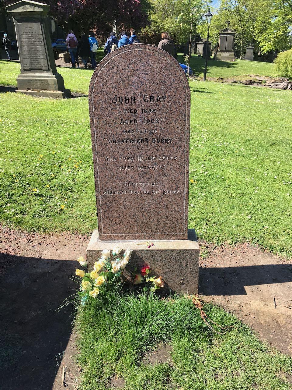 Bobby的墓地