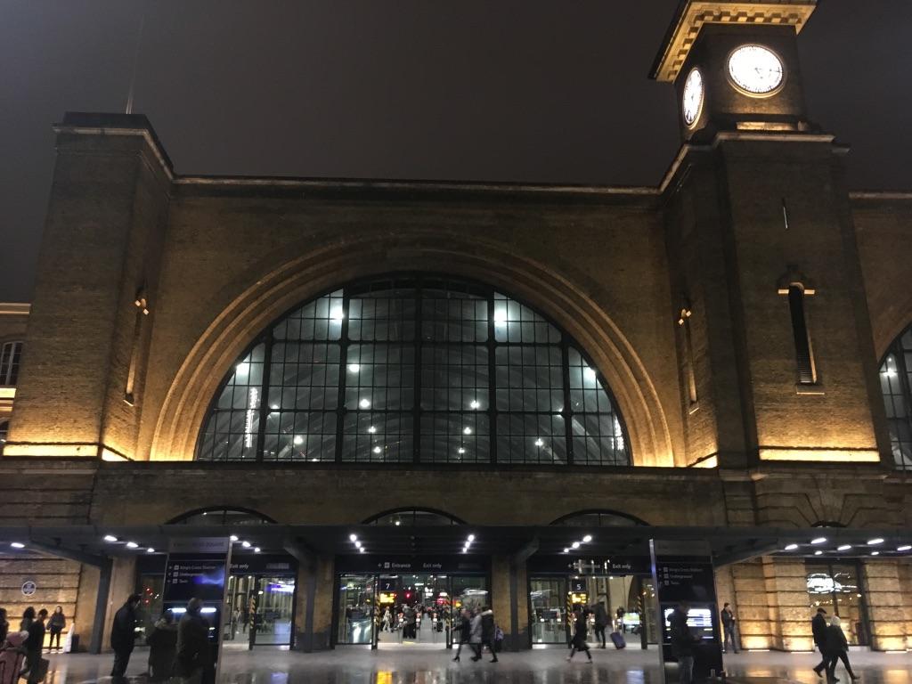 国王十字火车站(King's Cross railway station),1852年建