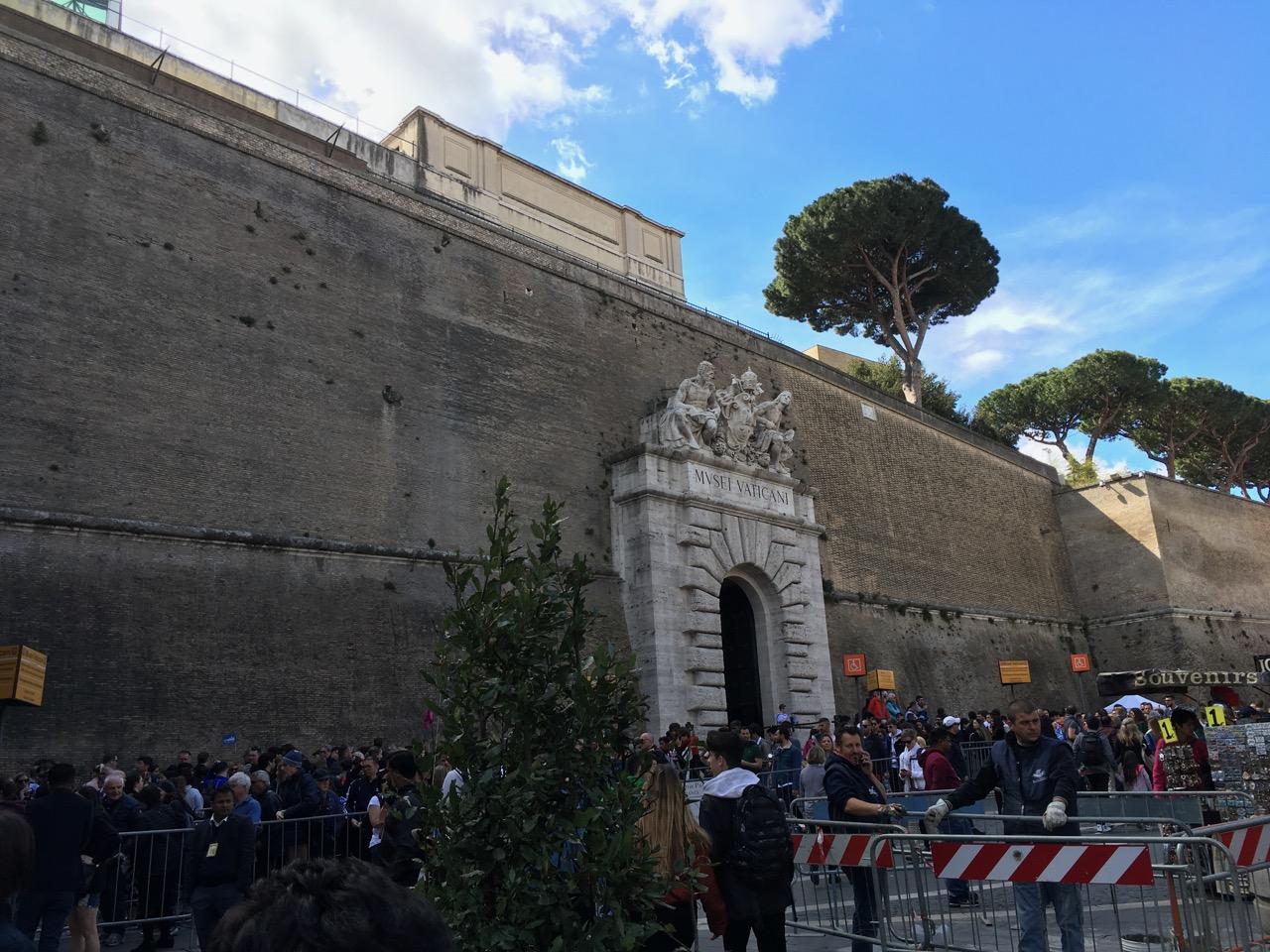 梵蒂冈博物馆门口