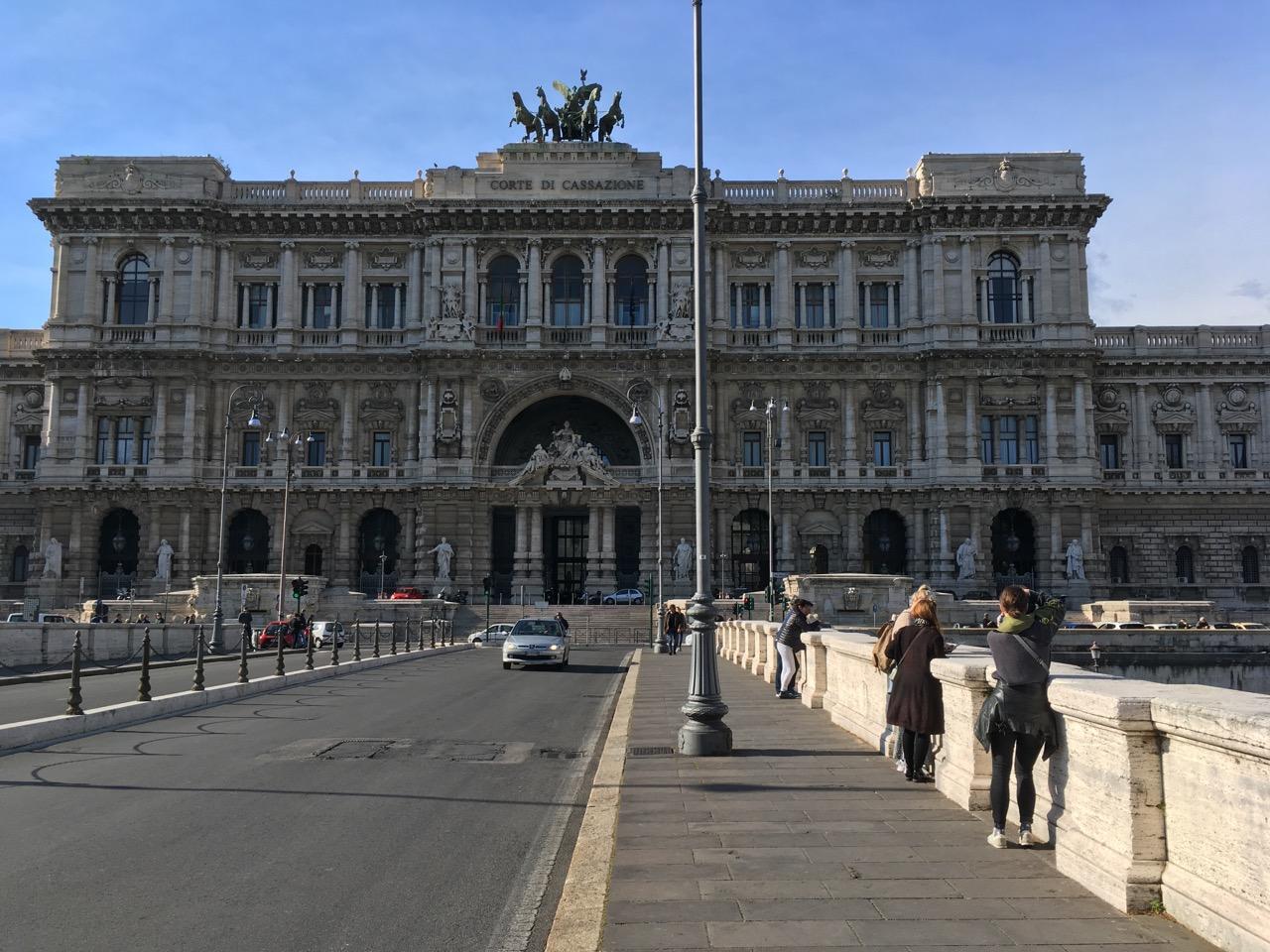 暴走罗马,意大利最高法院